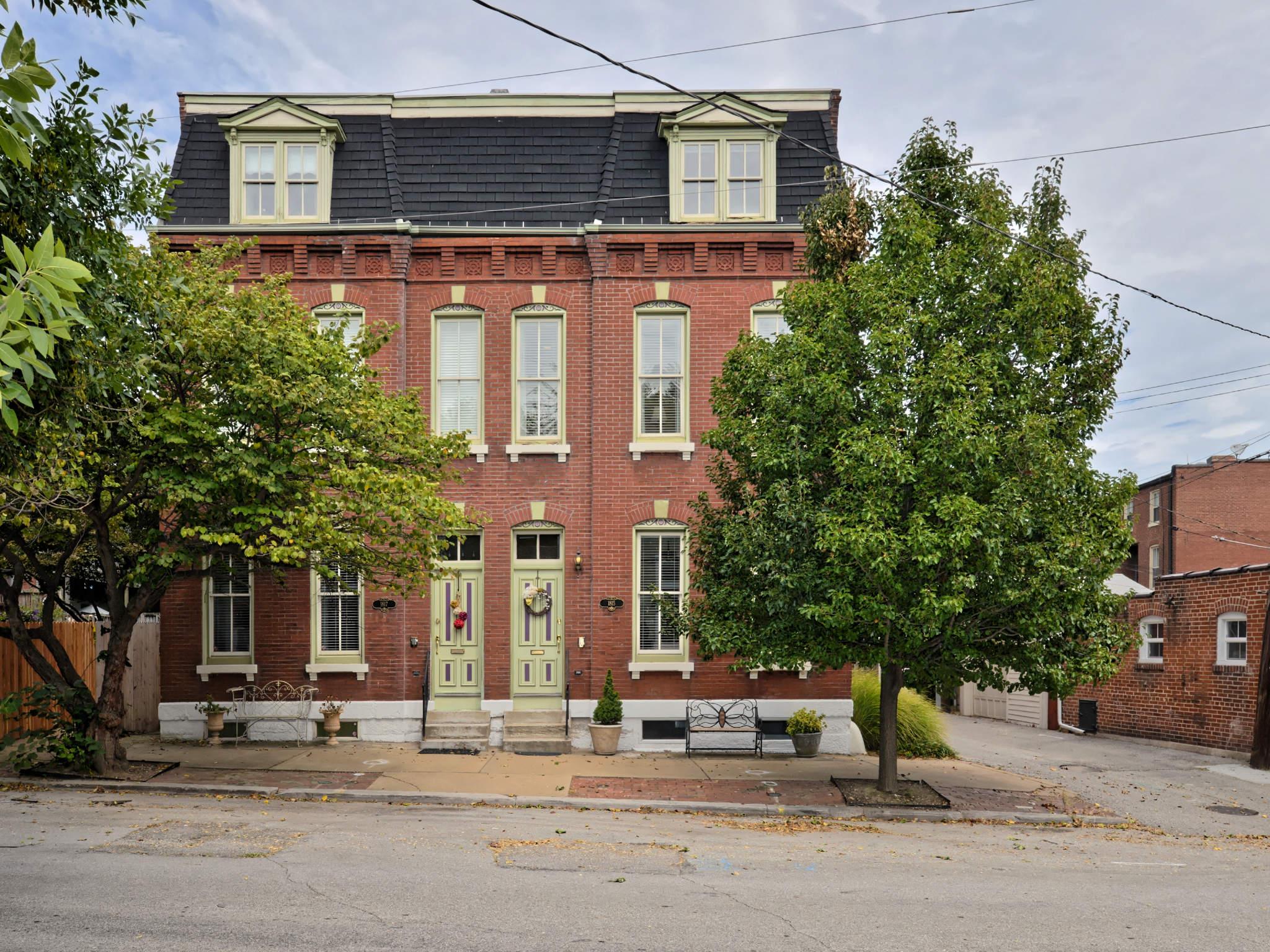 1815 Crittenden, St Louis 63118-1707